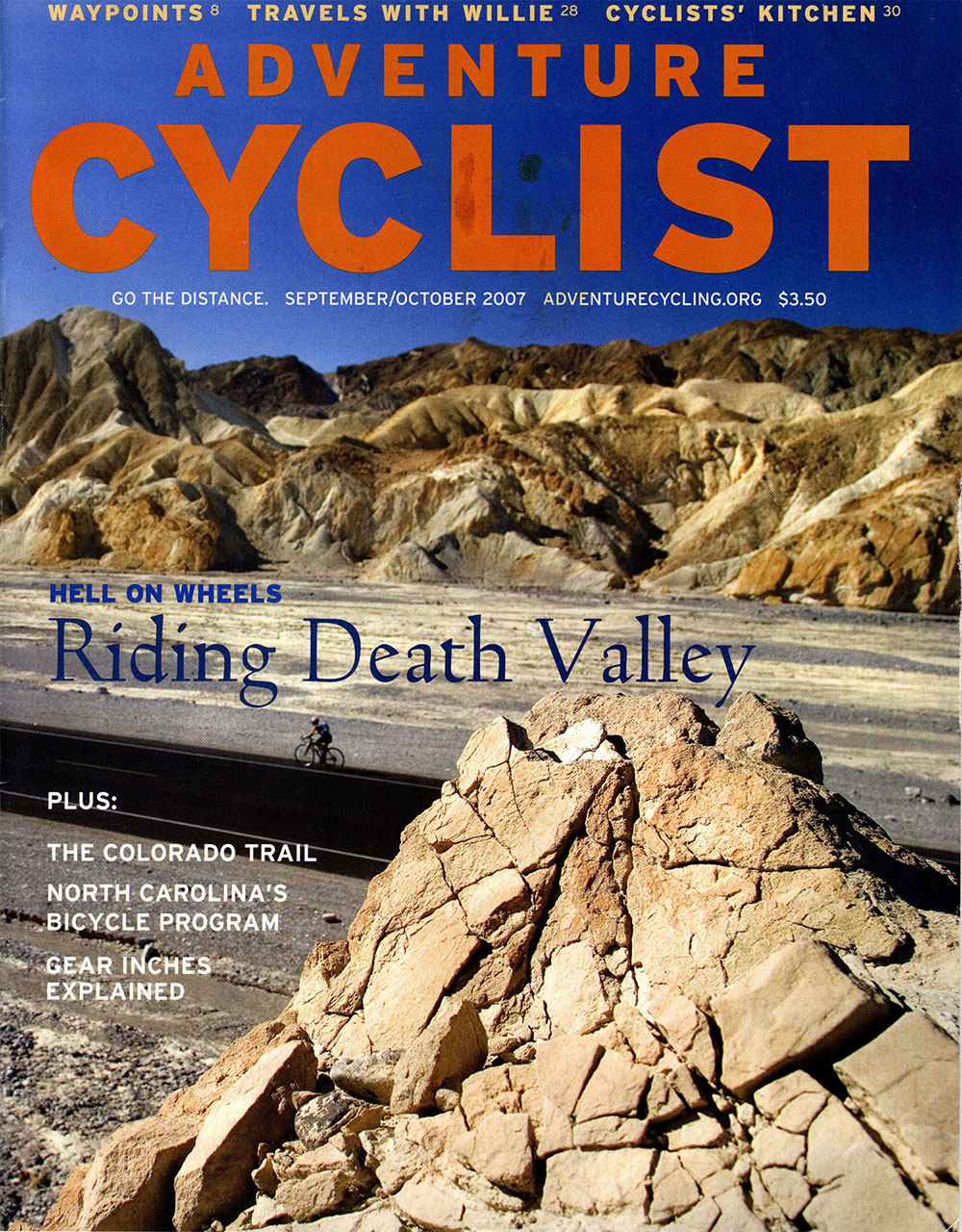 MichaelDiGregorio_riding_death_valley